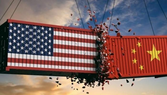 أسعار الذهب ترتفع وسط تدهور الدولار .. والعلاقة بين امريكا والصين متأزمة ! 27-07-2020